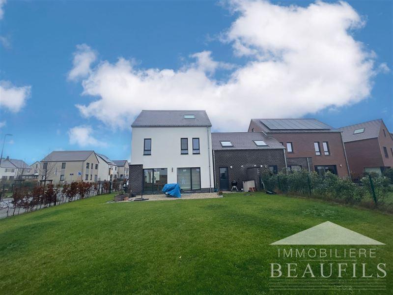 Image 2 : Maison à 1400 NIVELLES (Belgique) - Prix 1.500 €