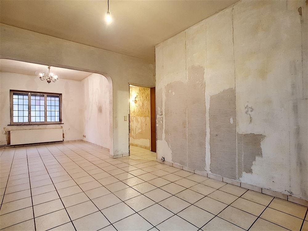 Image 2 : Immeuble unifamilial à 6040 JUMET (Belgique) - Prix 80.000 €