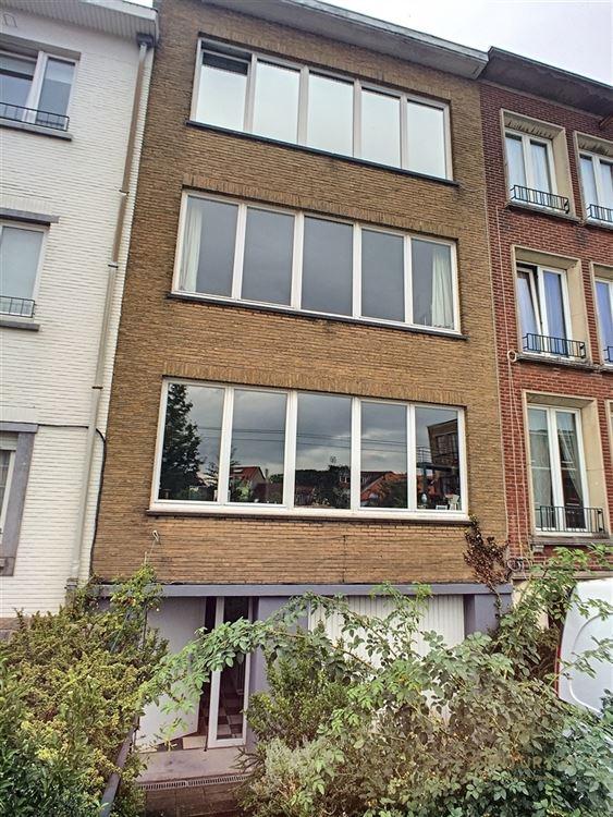 Image 2 : Immeuble à appartements à 1180 UCCLE (Belgique) - Prix 750.000 €