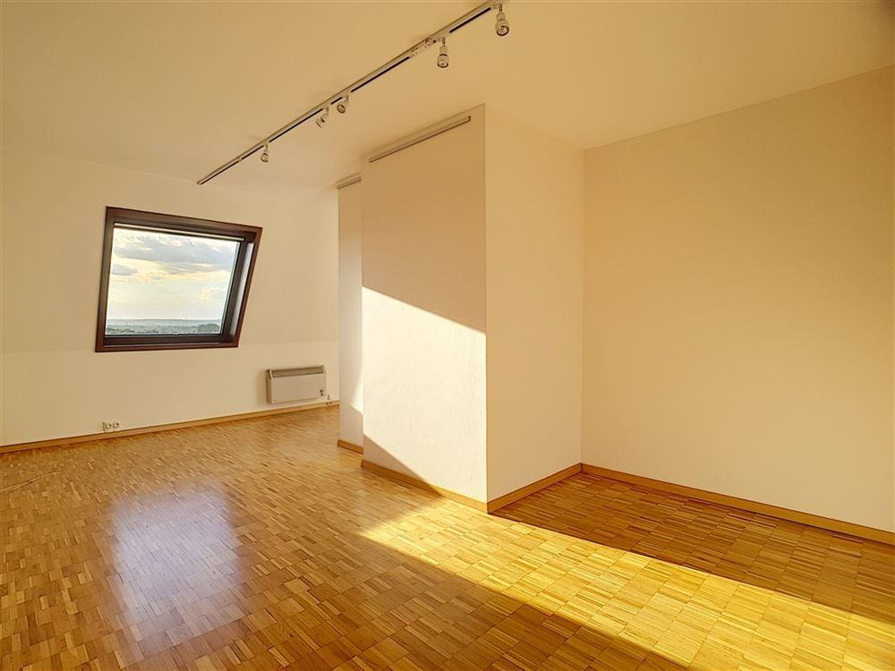 Image 11 : Duplex à 1400 NIVELLES (Belgique) - Prix 950 €