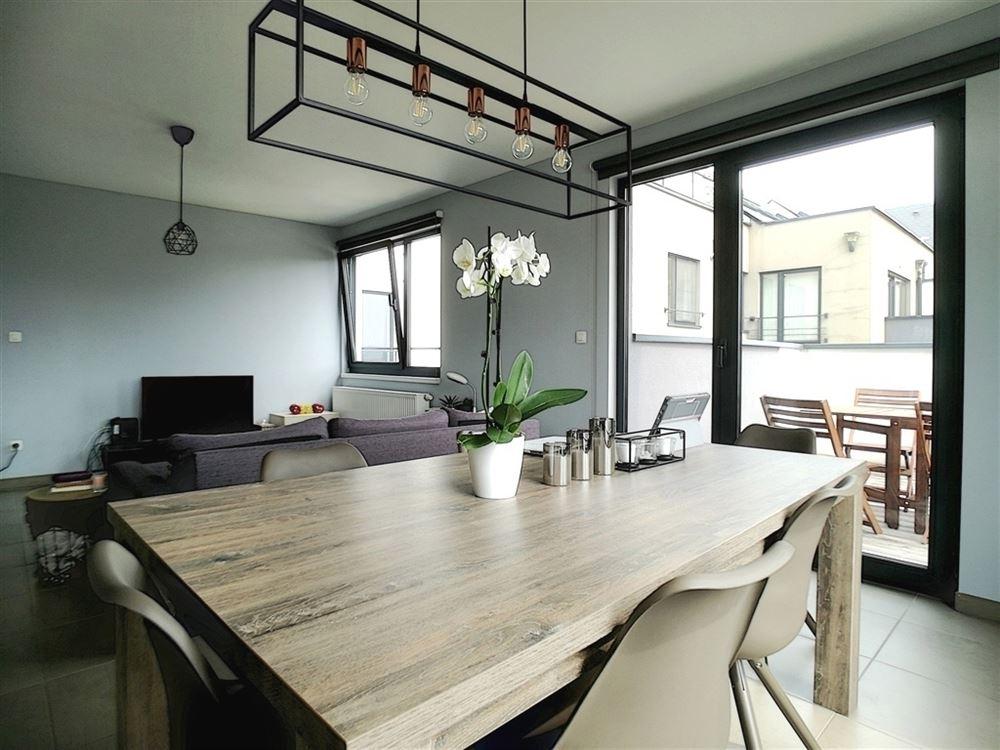 Image 2 : Appartement à 1400 NIVELLES (Belgique) - Prix 930 €