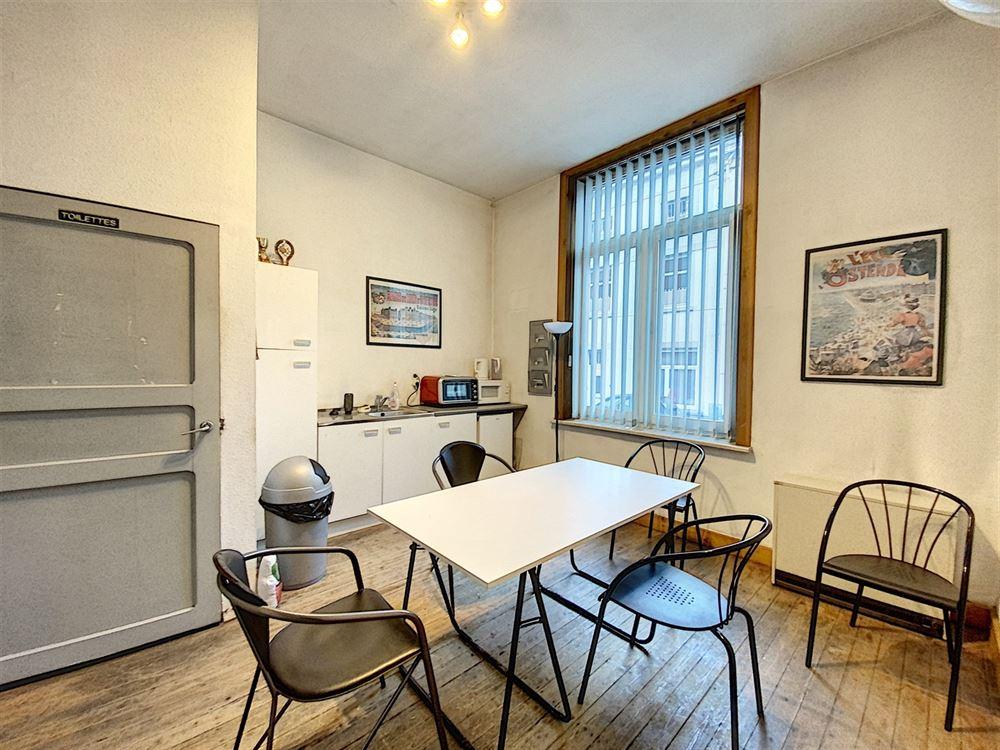 Image 4 : Immeuble de bureaux à 1400 NIVELLES (Belgique) - Prix 1.500 €