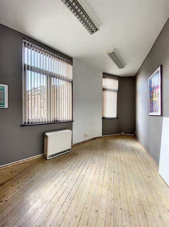 Image 6 : Immeuble de bureaux à 1400 NIVELLES (Belgique) - Prix 1.500 €