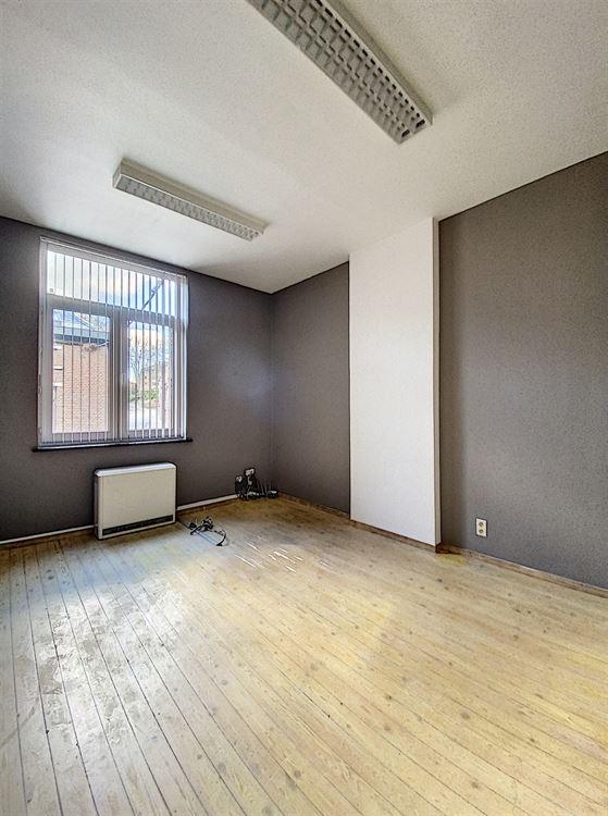Image 7 : Immeuble de bureaux à 1400 NIVELLES (Belgique) - Prix 1.500 €