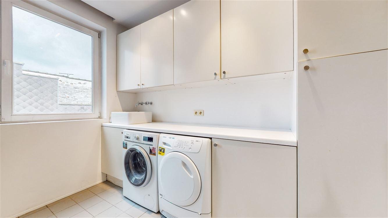 Image 7 : Penthouse à 6000 CHARLEROI (Belgique) - Prix 395.000 €