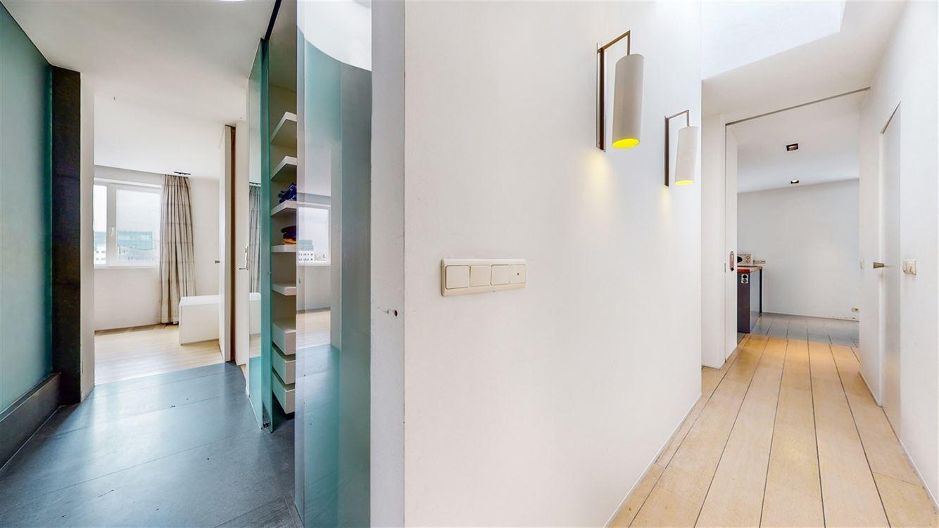 Image 8 : Penthouse à 6000 CHARLEROI (Belgique) - Prix 395.000 €