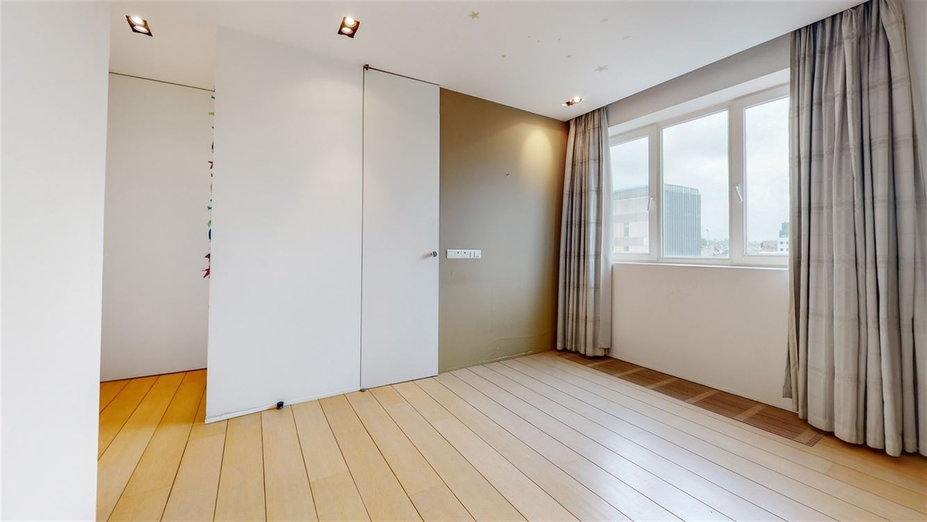 Image 13 : Penthouse à 6000 CHARLEROI (Belgique) - Prix 395.000 €