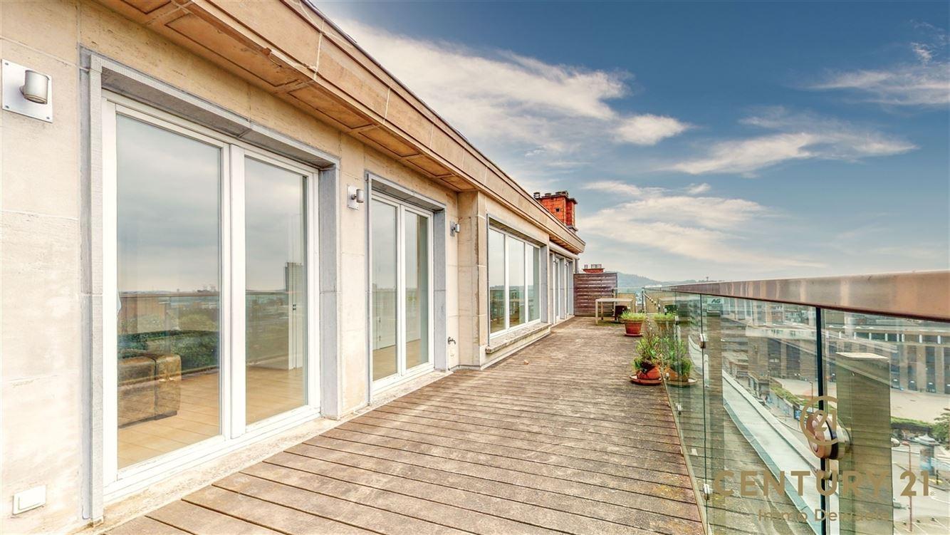 Image 15 : Penthouse à 6000 CHARLEROI (Belgique) - Prix 395.000 €