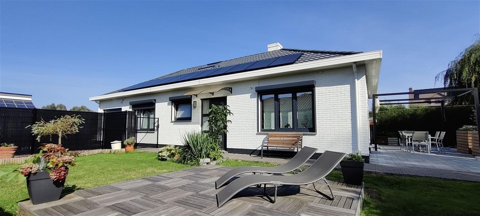 Foto 1 : Villa te 1421 OPHAIN-BOIS-SEIGNEUR-ISAAC (België) - Prijs € 445.000
