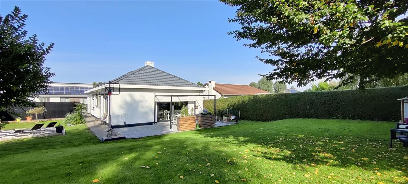 Foto 12 : Villa te 1421 OPHAIN-BOIS-SEIGNEUR-ISAAC (België) - Prijs € 445.000
