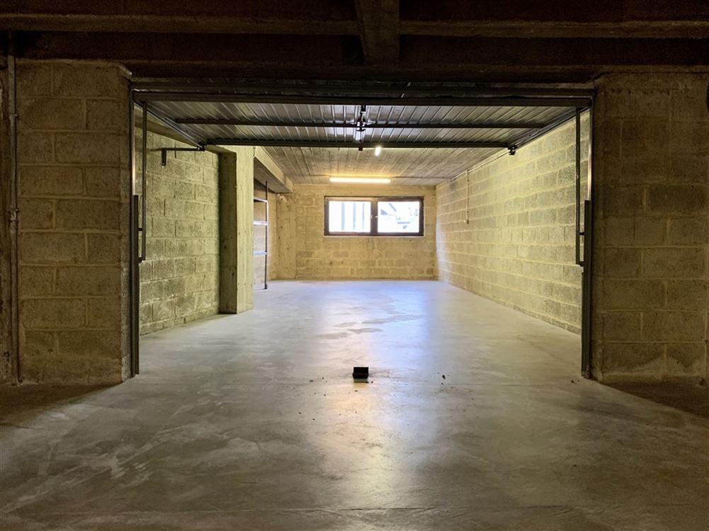 Foto 1 : Garage-box te 1400 NIVELLES (België) - Prijs € 120