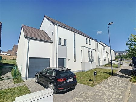 Maison à 1400 NIVELLES (Belgique) - Prix