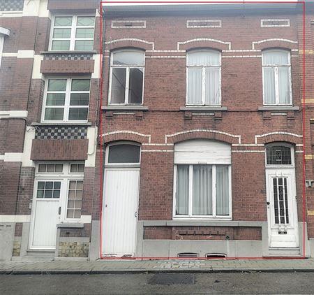 Immeuble unifamilial à 6041 GOSSELIES (Belgique) - Prix 120.000 €