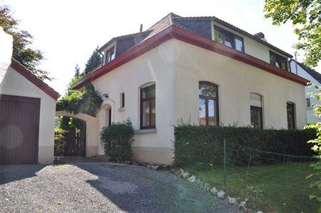 Villa à 1410 WATERLOO (Belgique) - Prix 1.650 €