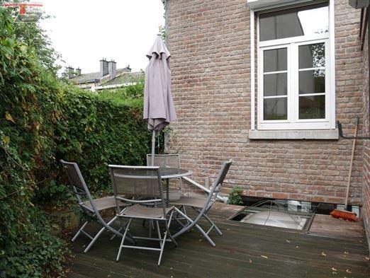 Maison spadoise de caractère 5 chambres de 138m² avec terrasse et jardin, située à proximité immédiate du centre-ville.