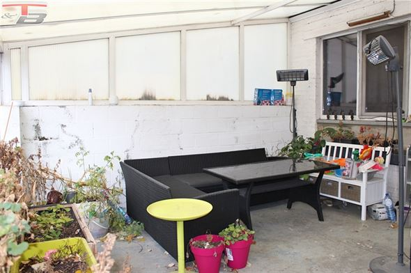 Spacieuse maison 4 ch (poss. 5) de 176m² avec garage, terrasses et cour, située sur les hauteurs de Liège à proximité de toutes commodité.