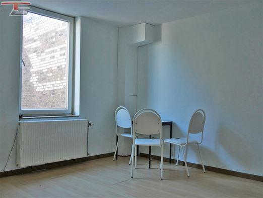 Maison 4 chambres de 101m² proche de toutes les commodités.
