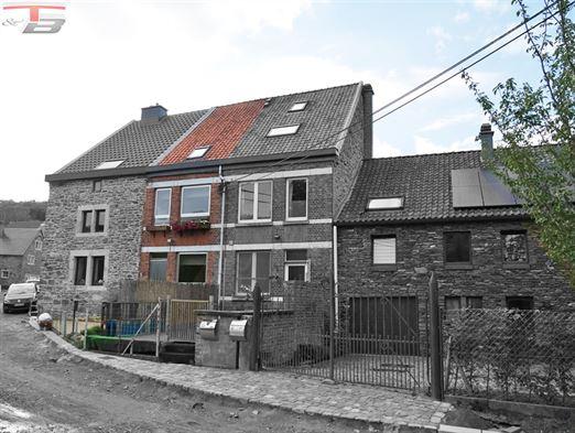 Charmante maison de 90m² située dans le petit village prisé de Spixhe. PEB n°20200828007157: classe E (Espec: 347 kWh/m².an - Etotale: 43.800 kWh/an).