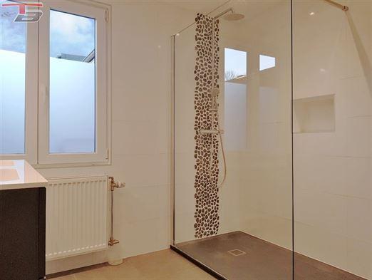 Rez-de-chaussée 1 chambre de 63m² avec terrasse situé au calme et à proximité de Spa