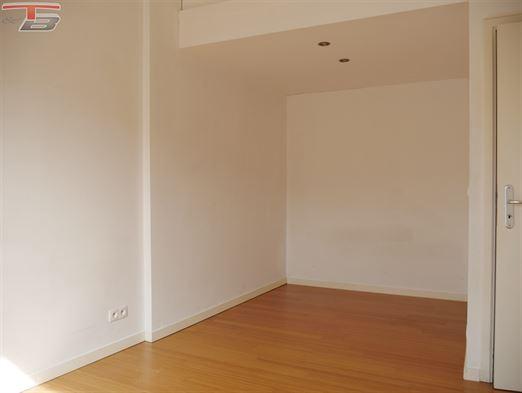 Appartement 2 chambres de 100 m²  avec terrasse, situé au dernier étage d