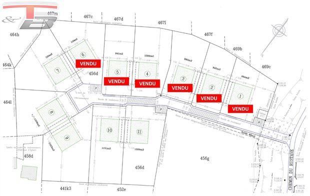 11 parcelles libres de constructeur situées au calme dans une voie sans issue à 3 min de la E42
